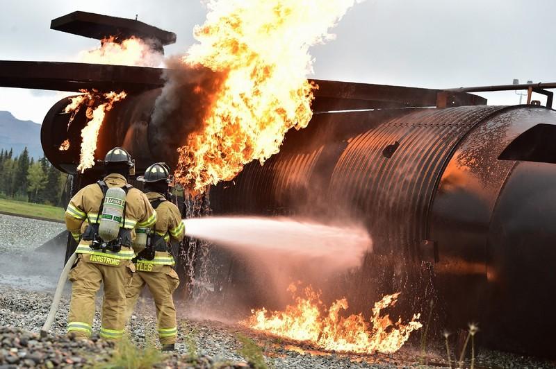 Terceirização de bombeiro civil